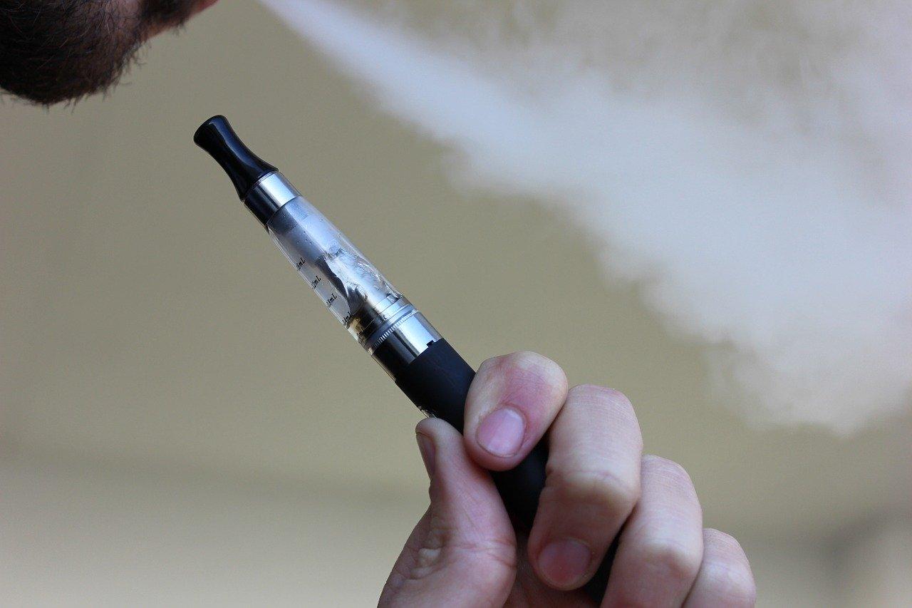 Sigarette elettroniche per Salvini nuova tassa in vista. Quali prospettive