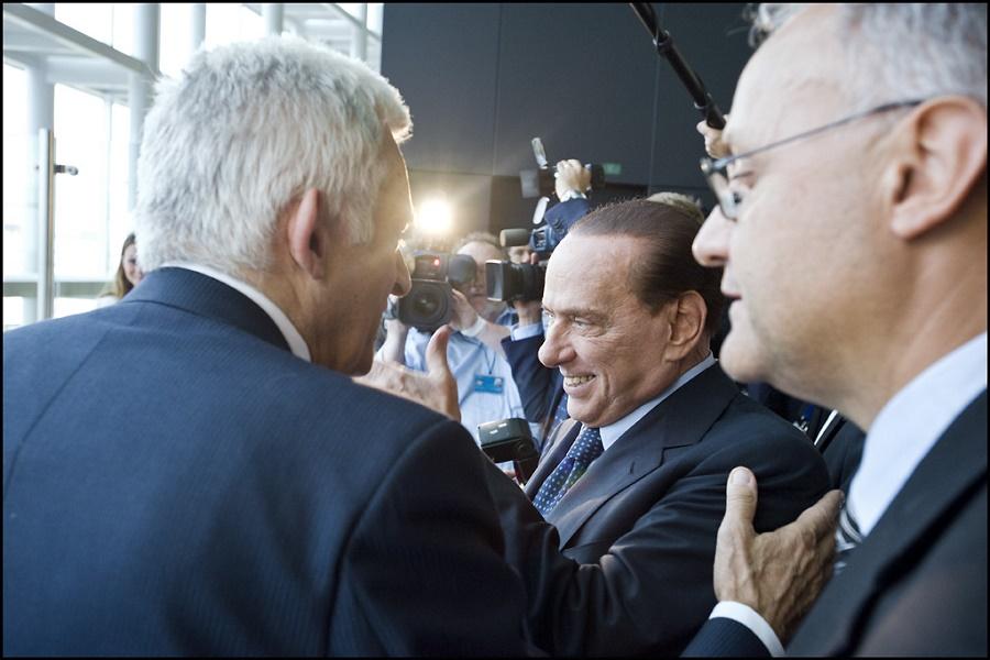 Il leader di Forza Italia durante un convegno pubblico
