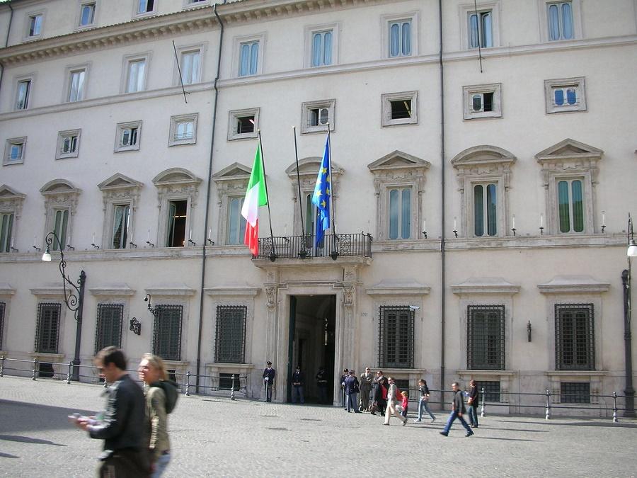 Prospetto Palazzo Chigi