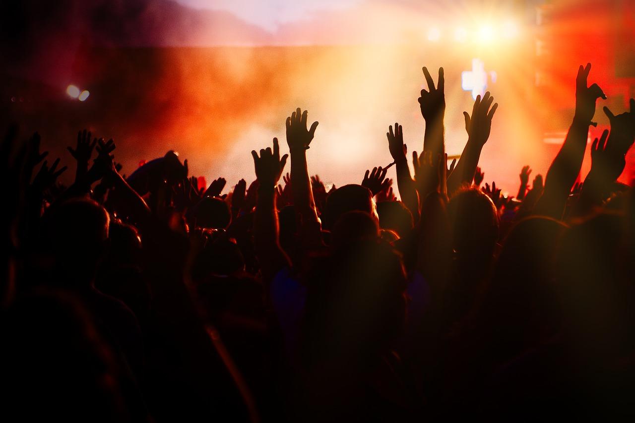Festival di Sanremo 2021 posticipato? Data ufficiale e pubblico