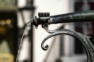 Bonus idrico Arera 2020: aumentano i soldi alle famiglie. I