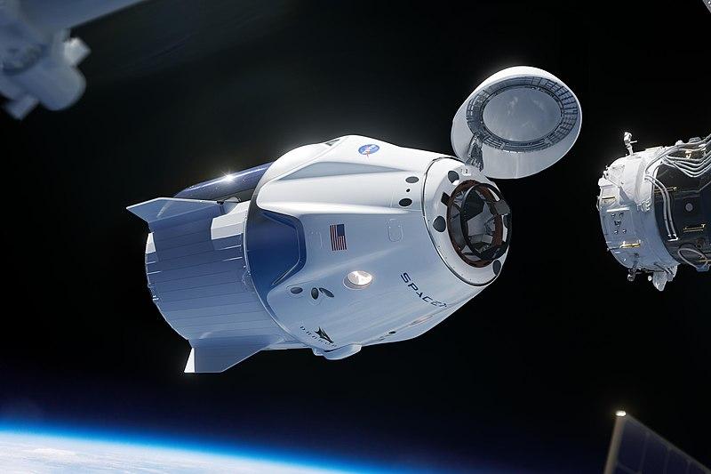 Crew Dragon: La navicella di Space X pronta a volare con equipaggio