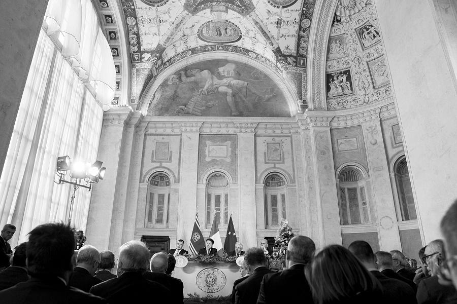 Immagine dalla conferenza stampa di Giuseppe Conte di fine anno 2019