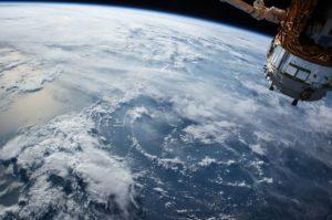 Starlink, le costellazioni di satelliti potrebbero essere illegali