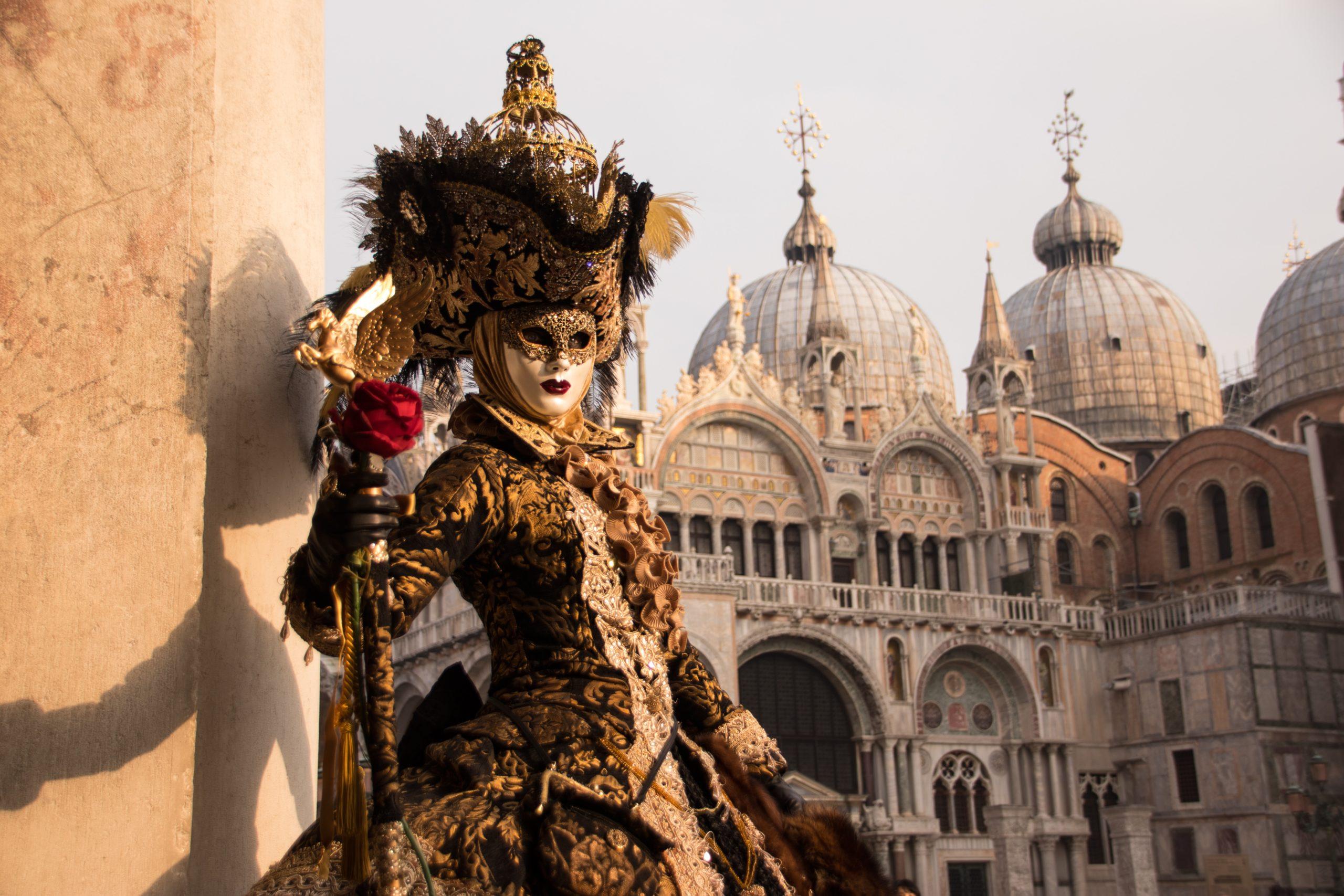 Maschera da carnevale veneziano