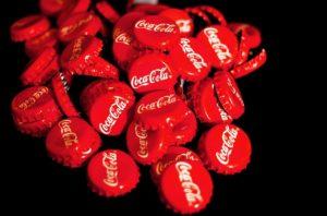 Coca cola ritirata: lotti interessati dai frammenti di vetro