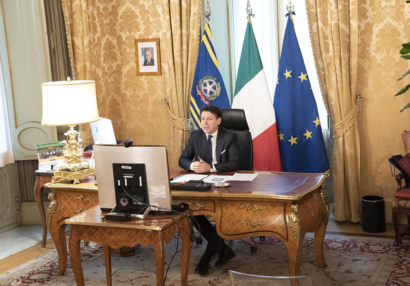 Crisi di governo: trattative su posizioni ancora distanti. Cosa si sa al momento