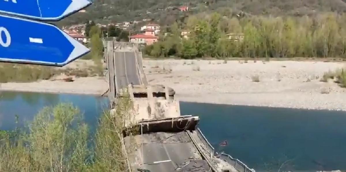 Ponte crollato sul Magra