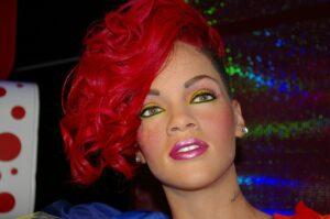 Quanto guadagna Rihanna: patrimonio, stipendio e incassi