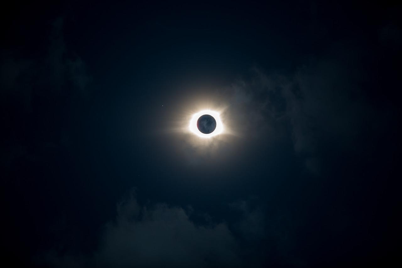 Eclissi solare 21 giugno 2020 in Italia: orario e dove vederla