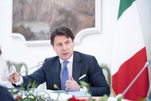 Comunali Roma: Conte punta su Raggi. Zingaretti lascia a Gualtieri