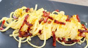 Linguine con crema di ceci e pancetta croccante