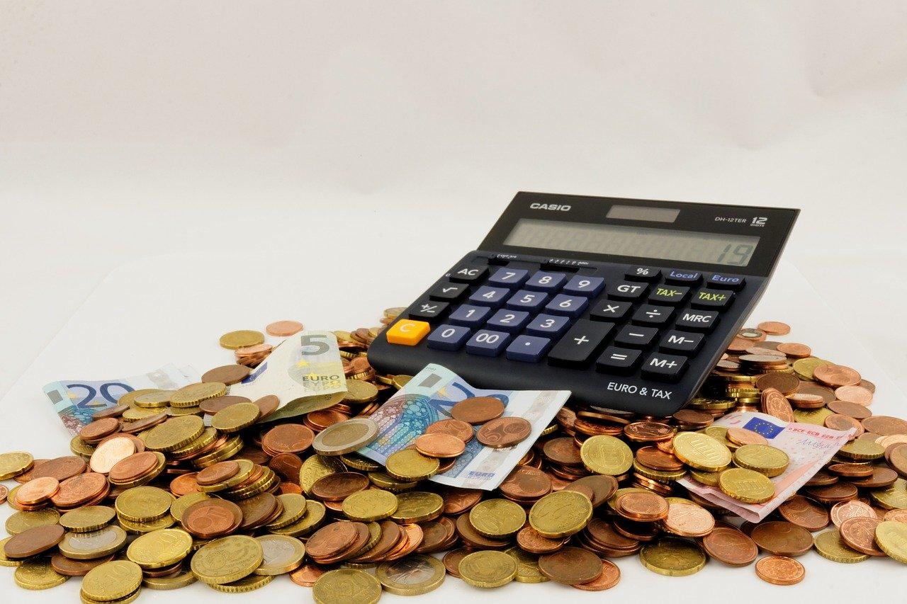 Soggetti fiscalmente a carico e redditi: quando aumenta l'Isee e limiti