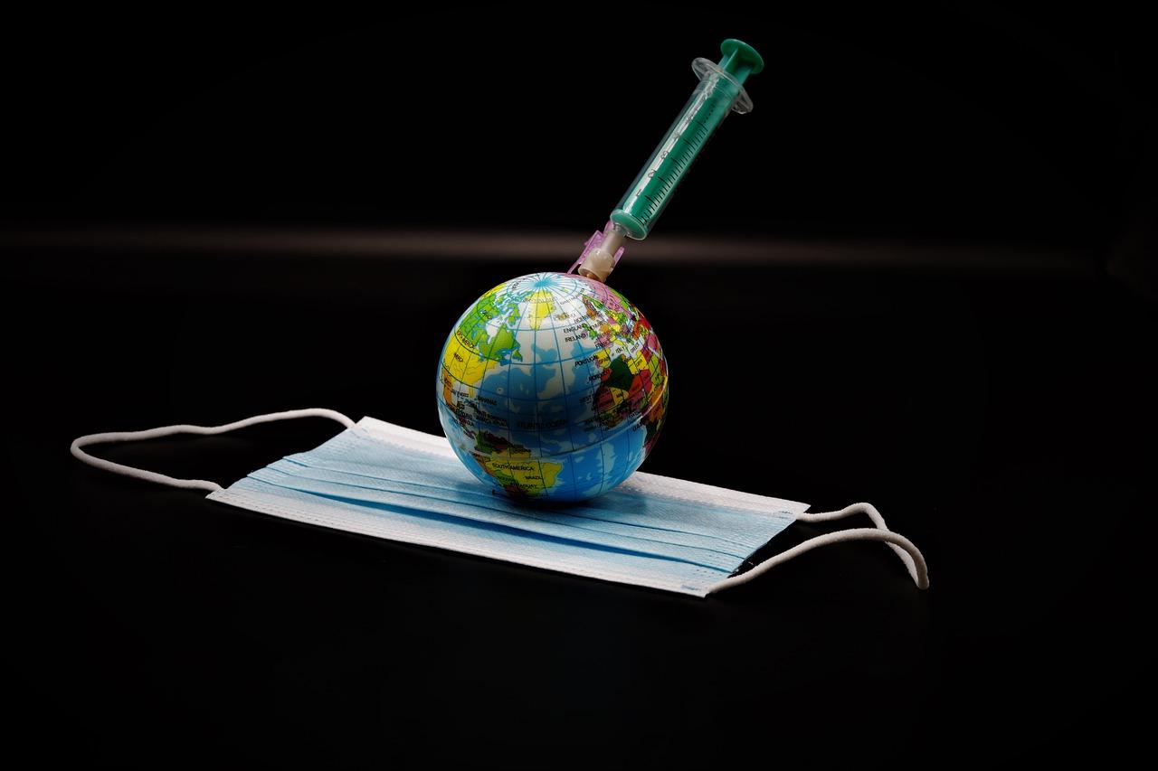Vaccinazioni di massa secondo semestre 2021: l'annuncio di Speranza
