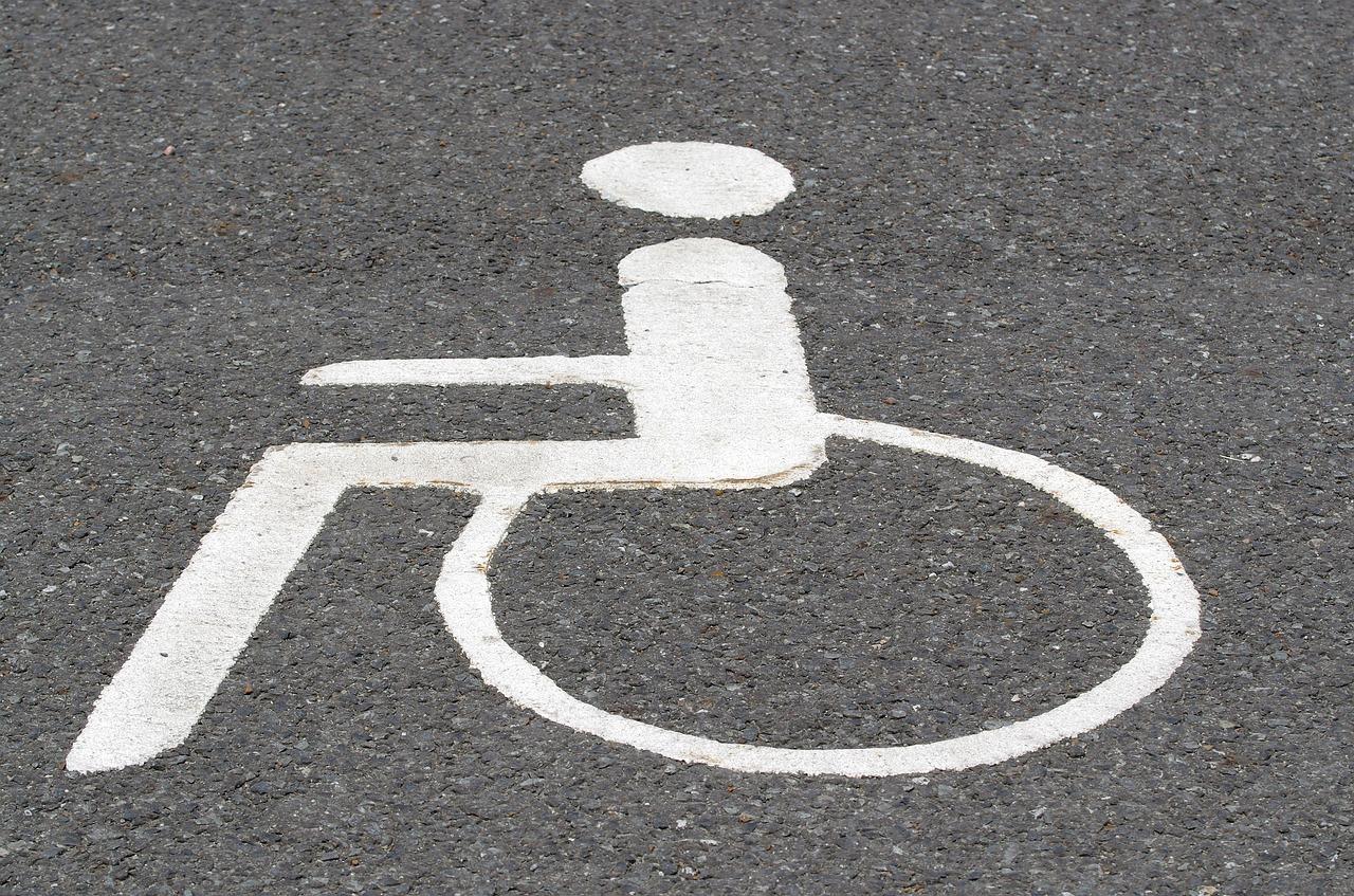 Pensione invalidità civile 2020: a chi spettano gli aumenti sotto i 60 anni?