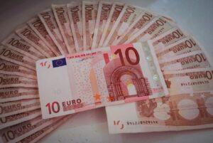 Poste Italiane, pagamento pensioni di ottobre da venerdì 25.