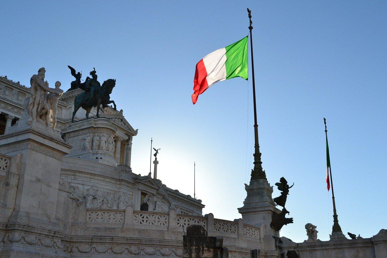 Governo ultime notizie: Draghi, la posizione di Lega, FdI e Forza Italia