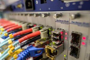 Iliad: rete fissa dopo accordo con Open Fiber. Quando arriva
