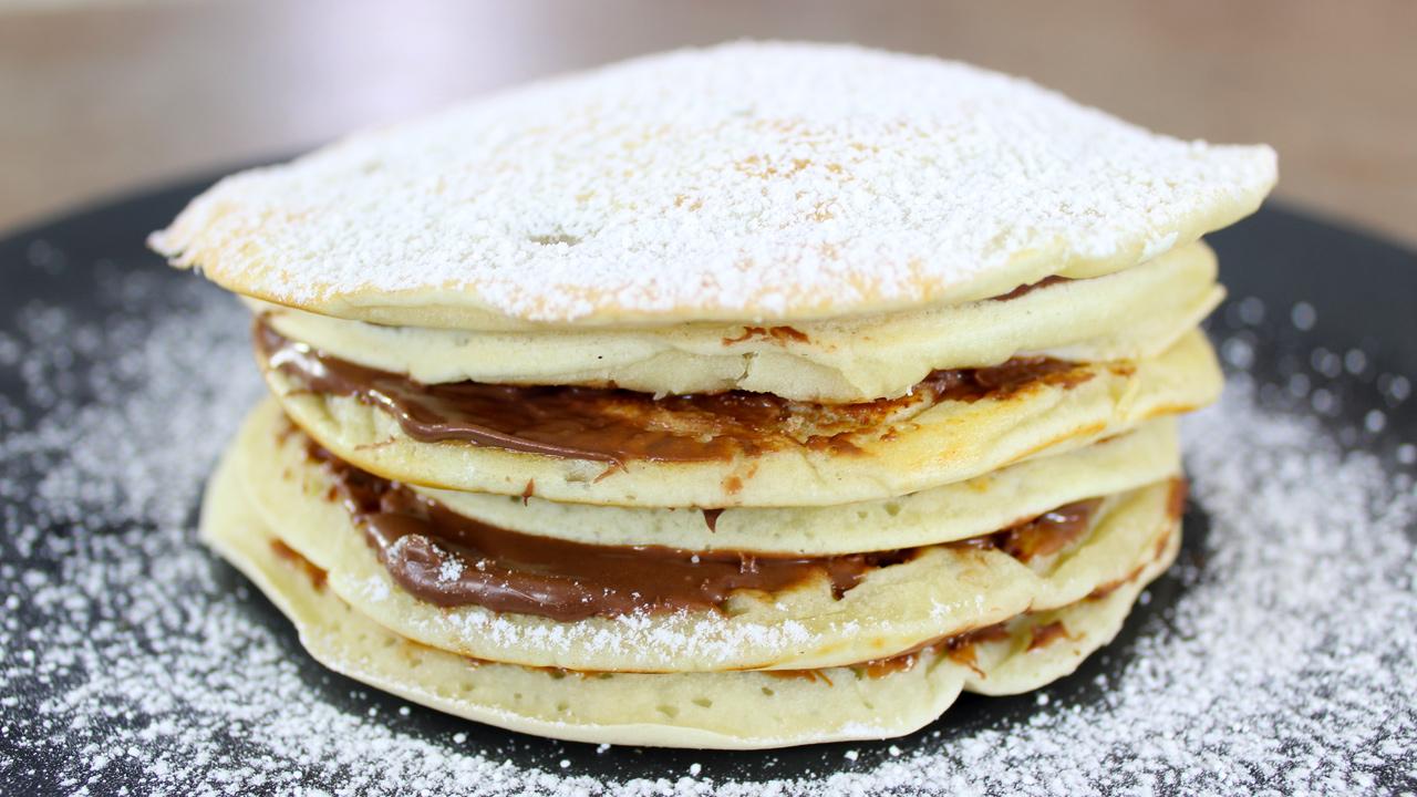 Pancake light, impasto all'acqua senza uova e senza latte