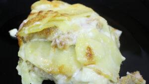 Sformato di petto di pollo con patate e formaggio