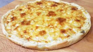 Torta salata con carciofi pancetta e gorgonzola