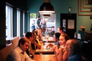 Bonus ristorante 2020: come funziona col bancomat e quando scatta