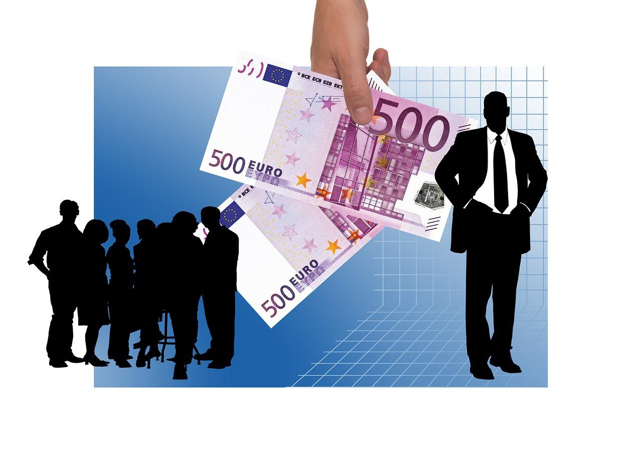 Bonus 1000 euro per i professionisti: requisiti e entro quanto fare domanda