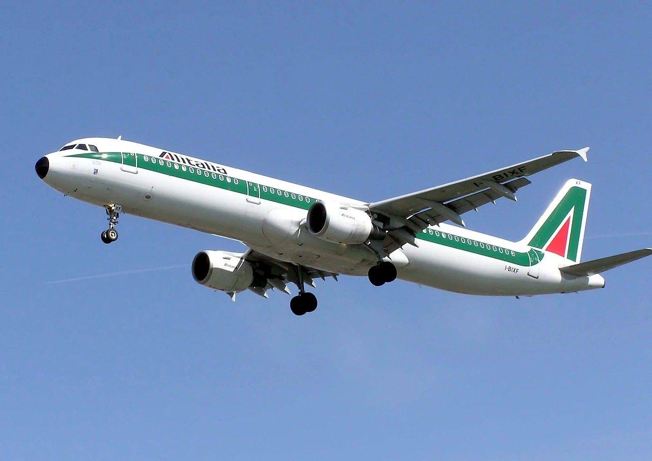 Rimborso in denaro Alitalia e Volotea