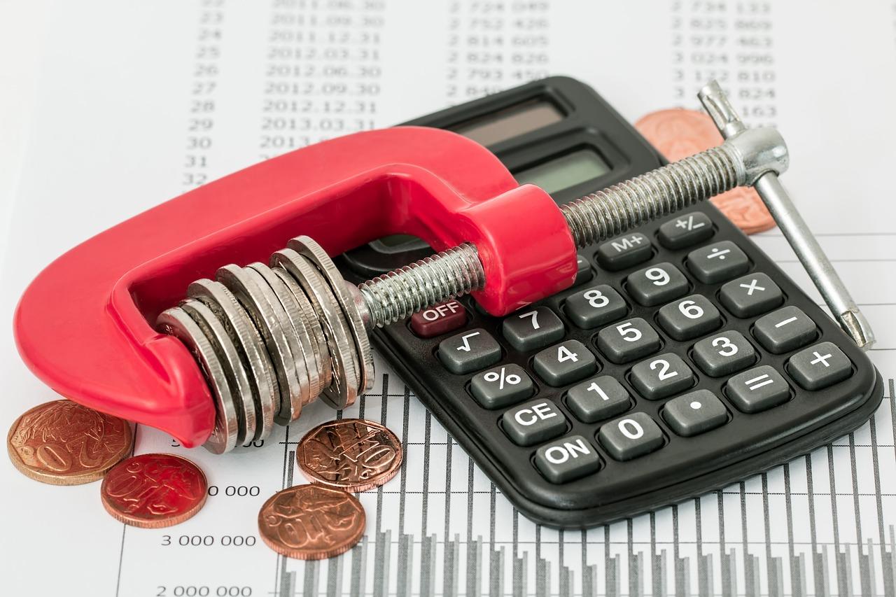 Come compilare una ritenuta d'acconto e quante imposte si pagano