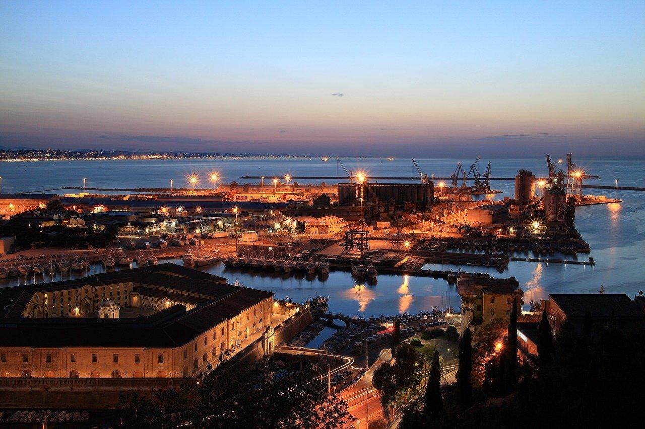 Incendio Ancona 16 settembre 2020: possibili cause e ipotesi. La ricostruzione