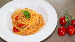 Spaghetti ai pomodorini freschi