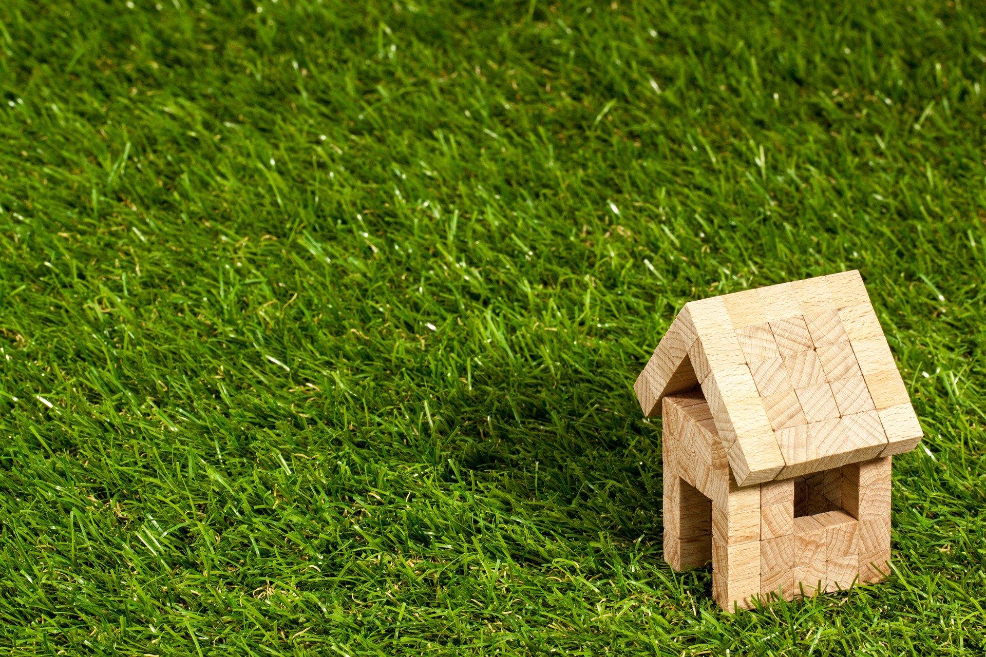 Vendita casa in presenza di mutuo: la banca può opporsi?