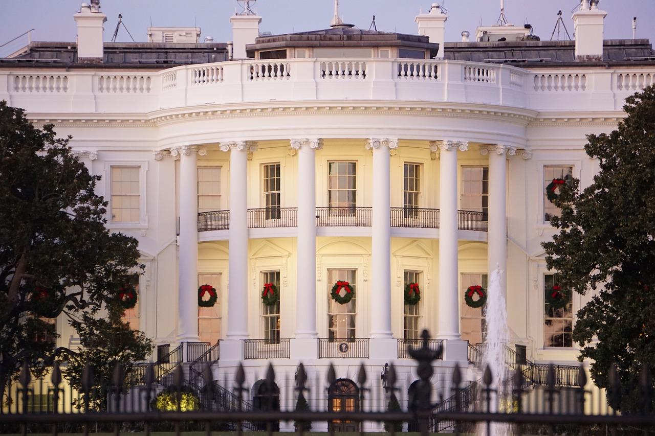 Giuramento Biden 2021: cosa riguardano i primi decreti che ha firmato