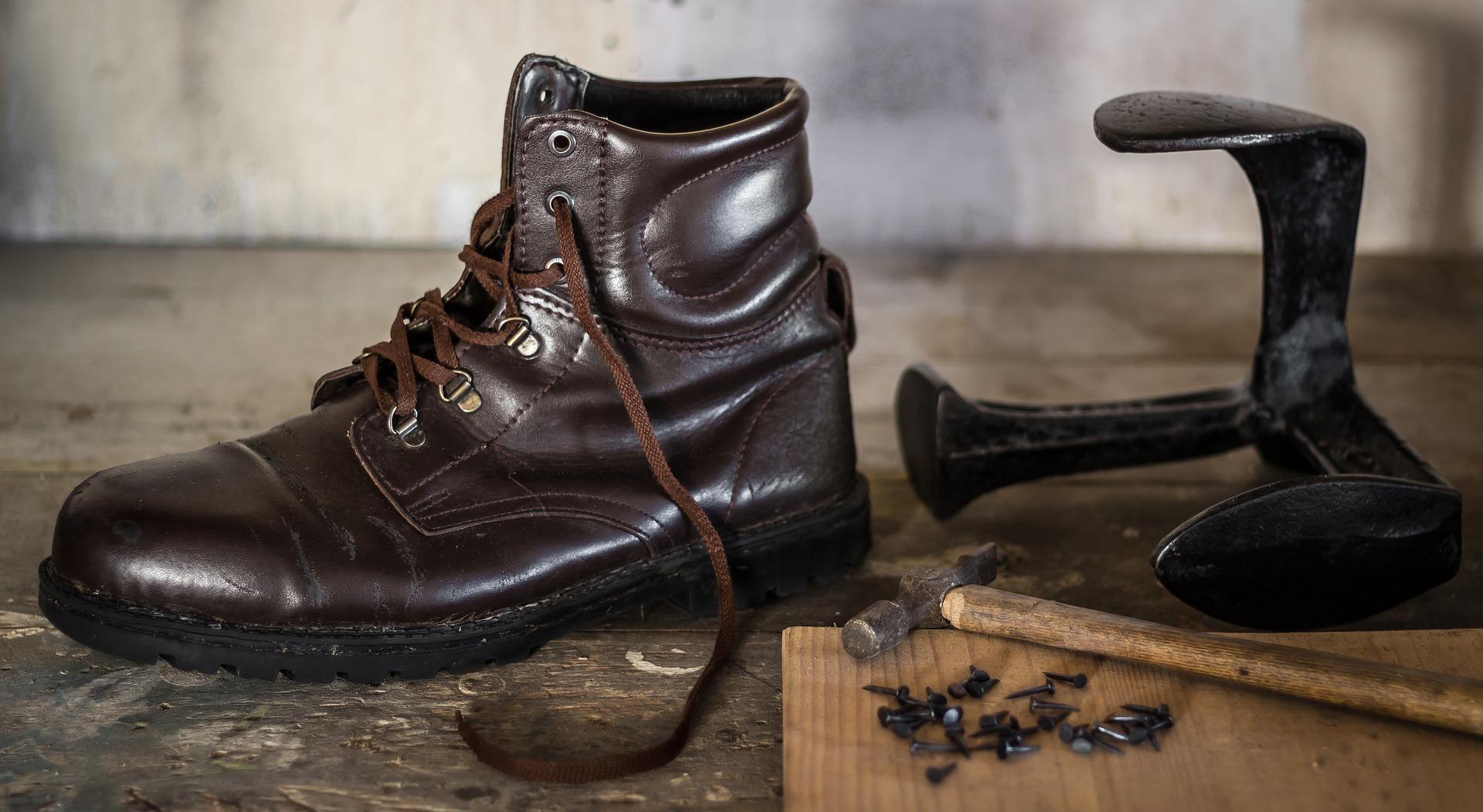 Abbigliamento da lavoro: ecco quando indossare gli stivali di sicurezza