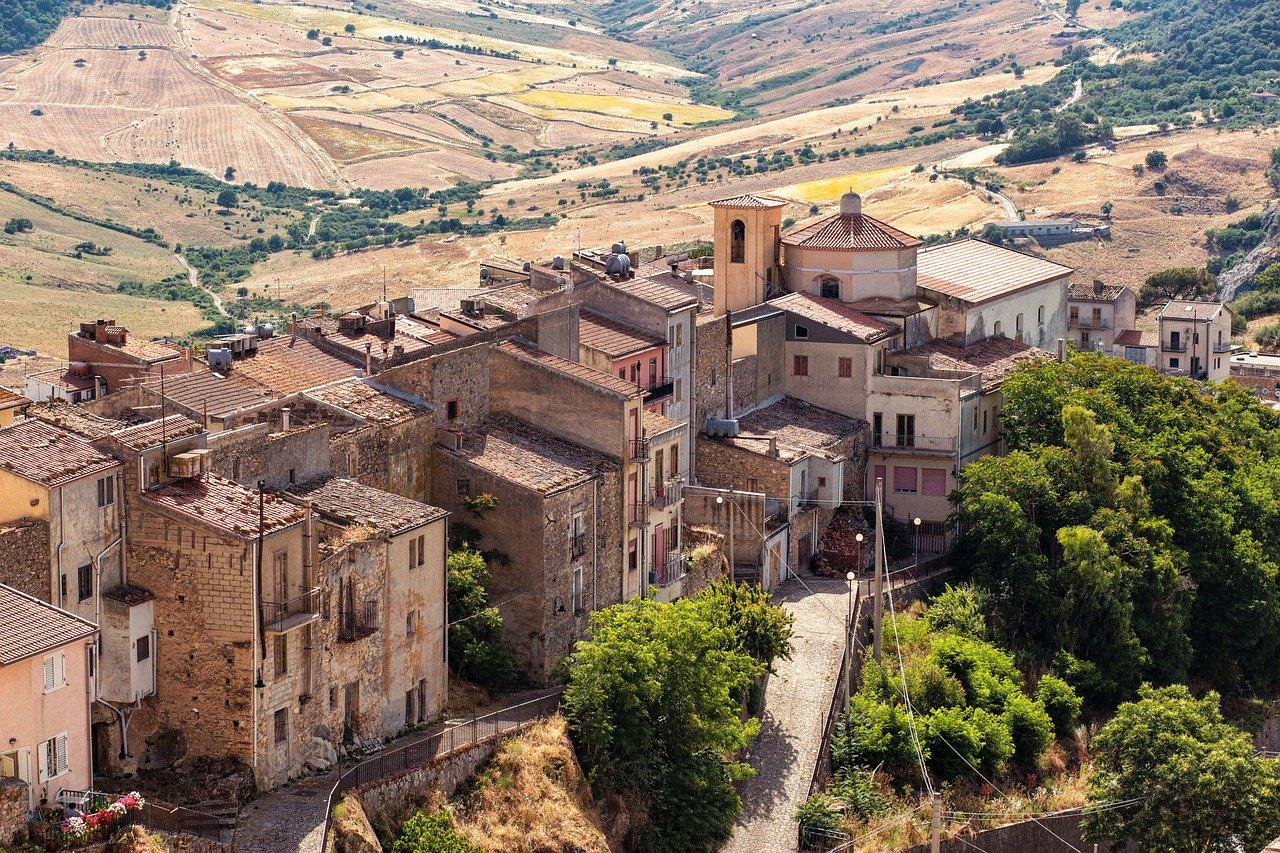 Sicilia zona gialla da lunedì? Quali sono le altre regioni a rischio